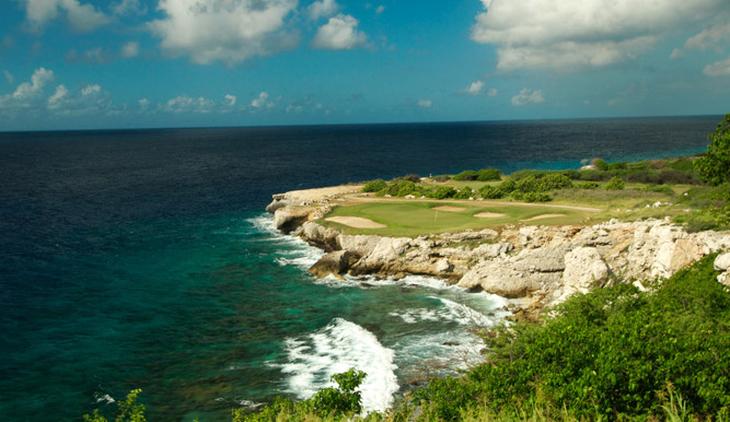 Blue Bay Golf