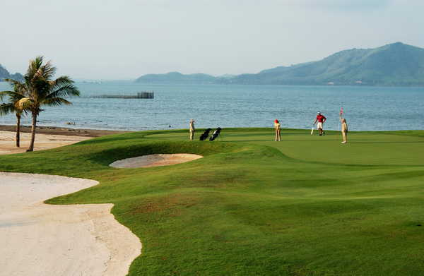 Mission Hills Phuket Golf Resort & Spa