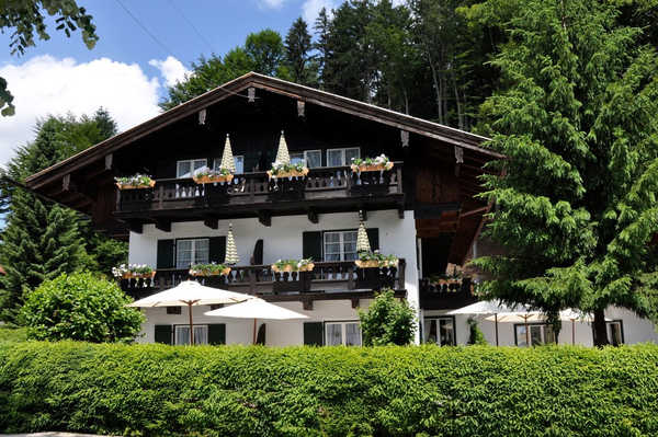 Landhaus St. Georg - Bio Design Boutique Hotel am Tegernsee