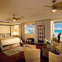 Prime Minister Honeymoon One Bedroom Beachfront Walkout Butler Villa Suite