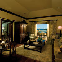 Prime Minister Oceanfront Owners Suite