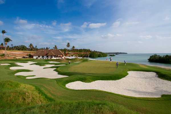 Sea Cliff Resort & Spa Golf