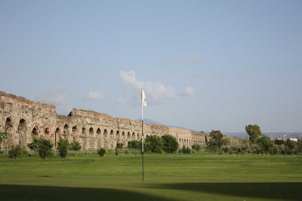 Archi di Claudio Golf Club