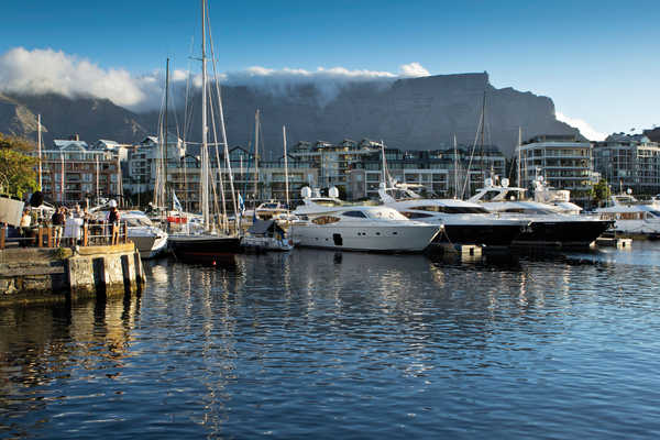 Experience the best of South Africa: Capetown, Winelands, Johannesburg