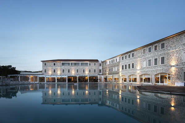 Terme di Saturnia Natural Spa & Golf Resort