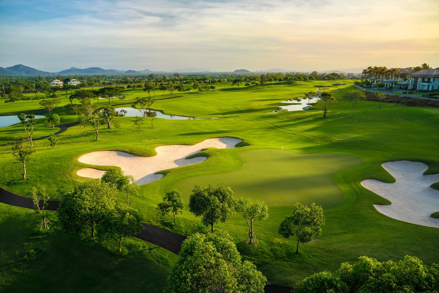Thana City Golf and Sports Club | สนามกอล์ฟ ธนาซิตี้ กอล์ฟ