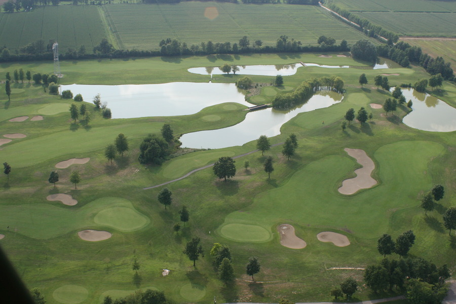 Cioccaro Italy  city pictures gallery : Golf Club Ambrosiano, Bubbiano, Italy Albrecht Golf Guide Europe at ...
