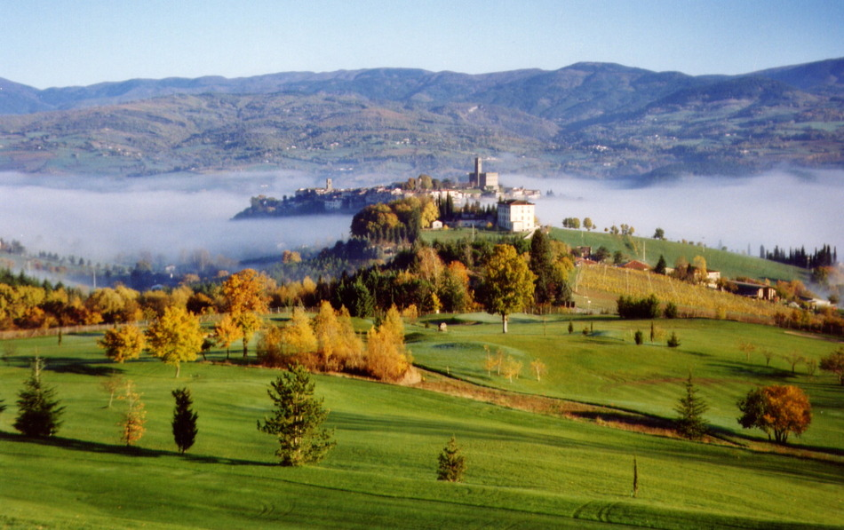 Casentino Italy  city photos gallery : Golf Club Casentino, Poppi, Italy Albrecht Golf Guide