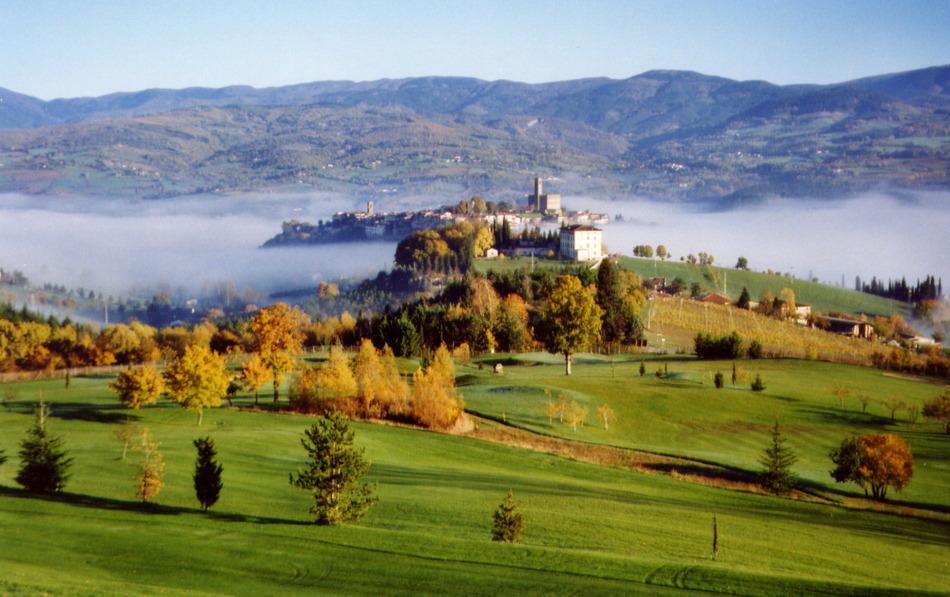 Casentino Italy  city photos gallery : Golf Club Casentino, Poppi, Italy Albrecht Golf Guide