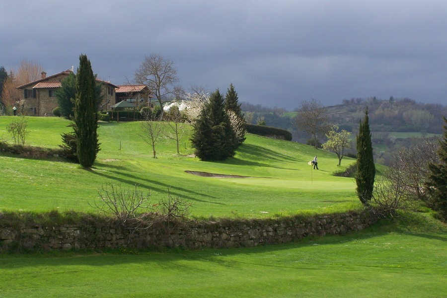 Casentino Italy  City pictures : Golf Club Casentino, Poppi, Italy Albrecht Golf Guide