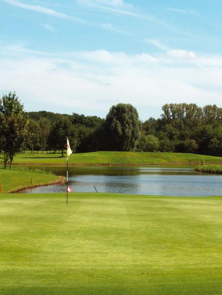 Golf Course Clubhouse Interior Design Ideas: Golf-Club Hamburg Wendlohe E.V., Hamburg