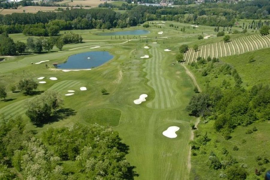 golf club villa carolina capriata dorba al italy