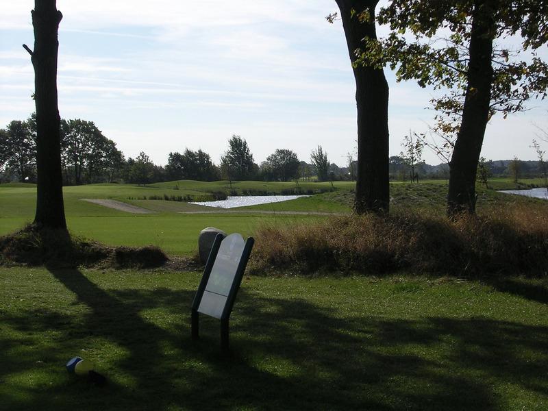 golf country club gut bissenmoor e v bad bramstedt albrecht golf f hrer. Black Bedroom Furniture Sets. Home Design Ideas