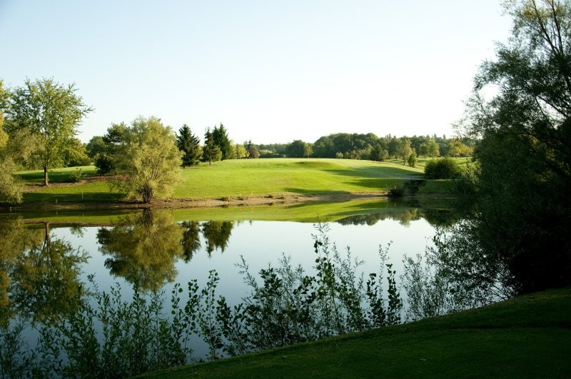golf de salvagny la tour de salvagny france albrecht golf guide europe at. Black Bedroom Furniture Sets. Home Design Ideas