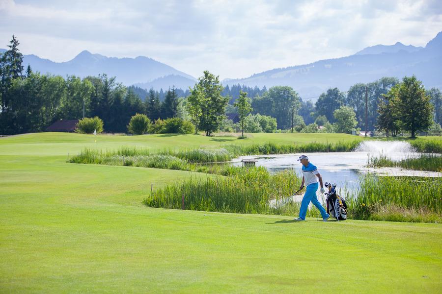 Golfplatz oberallgaeu kurzplatz gundelsberg 088072 full