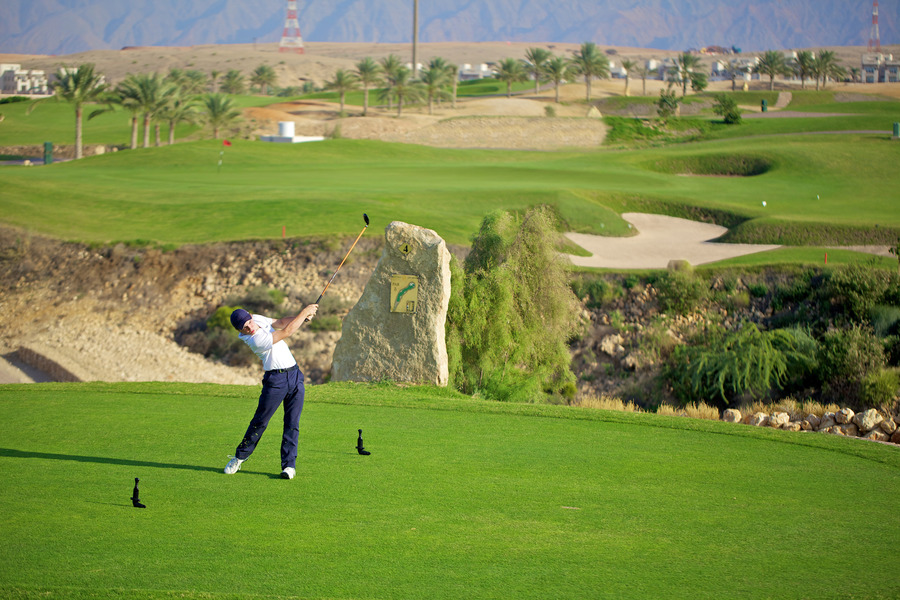 Muscat Hills Golf Amp Country Club Muscat Oman Albrecht