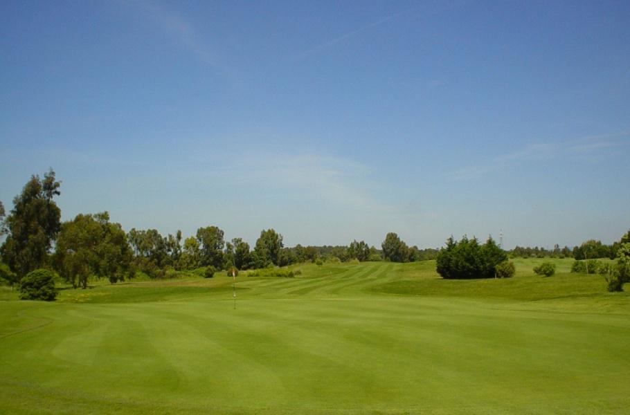 Aprilia Italy  city pictures gallery : OASI Golf Club, Aprilia, Italy Albrecht Golf Guide
