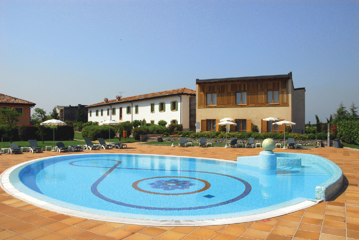 Active hotel paradiso golf peschiera del garda italy for Hotel paradiso milano