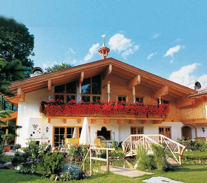 log cabin versus chalet cost
