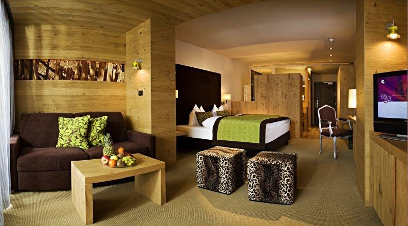 La maiena meran resort marling meran italy albrecht for Design hotel meran