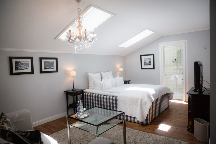 landhaus st georg bio design boutique hotel am tegernsee bad wiessee albrecht golf f hrer. Black Bedroom Furniture Sets. Home Design Ideas