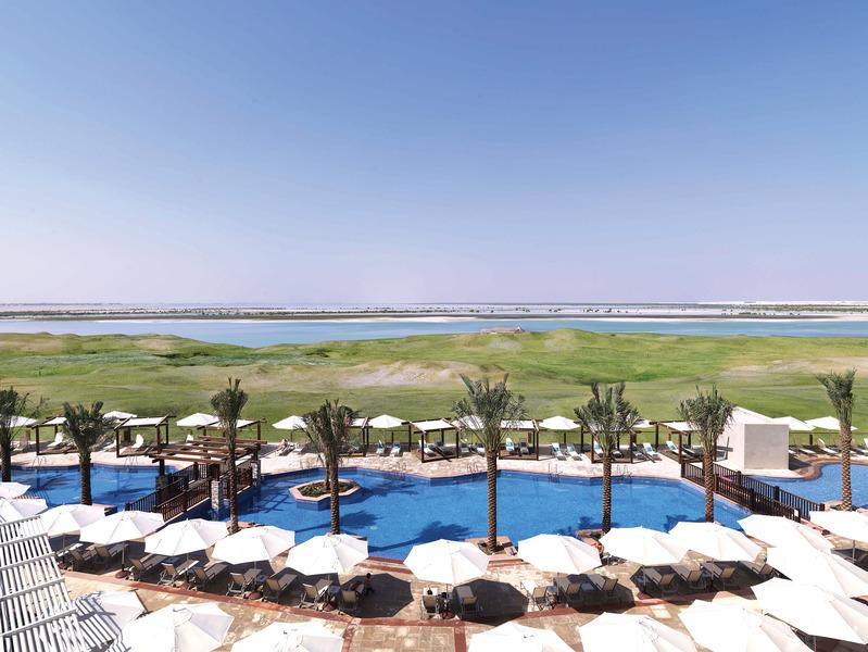 Radisson Blu Hotel Abu Dhabi Yas Island Abu Dhabi United Arab Emirates Albrecht Golf Guide