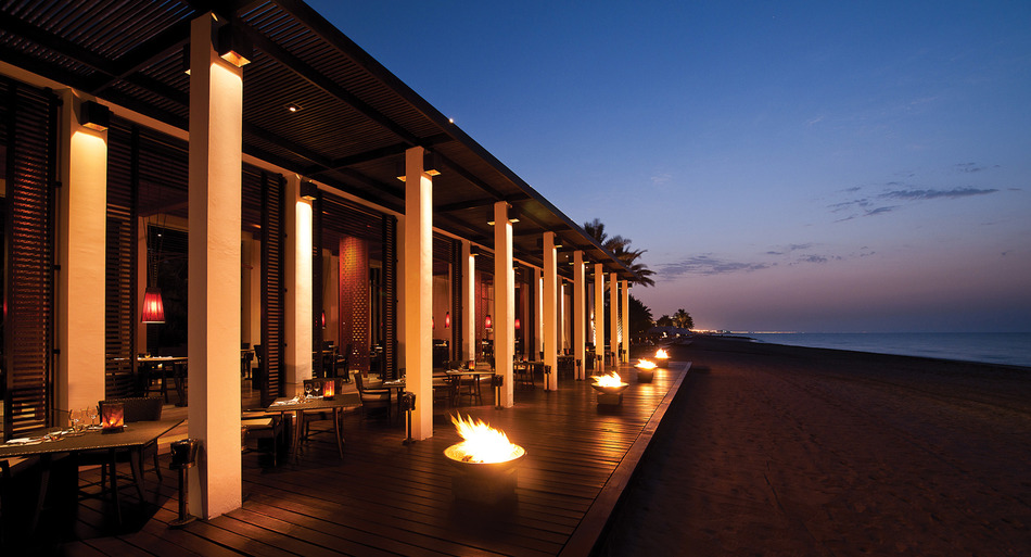The chedi muscat muscat oman albrecht golf guide for Hotel luxury oman