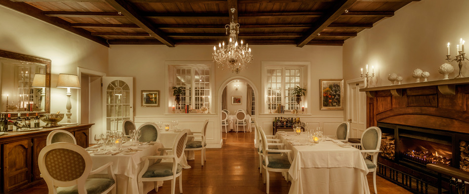 The manor house at fancourt golf packages albrecht for Boutique hotel characteristics