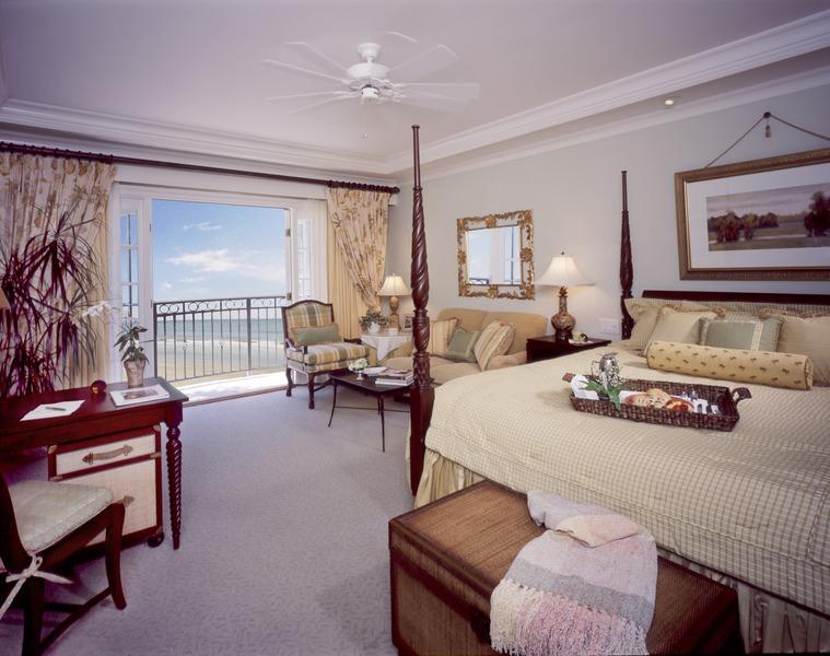 the sanctuary at kiawah island resort albrecht golfreisen. Black Bedroom Furniture Sets. Home Design Ideas